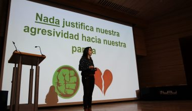 """Constanza Del Rosario: """"Nada justifica la agresividad hacia nuestra pareja"""""""