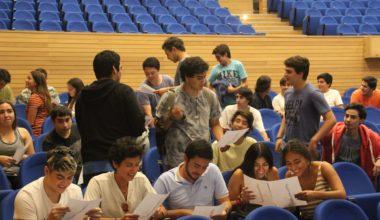Bienvenida a estudiantes extranjeros/as y de regiones de Chile – CADE