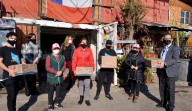 Mechoneo UAI 2021: 13 mil almuerzos para 23 ollas comunitarias de Peñalolén