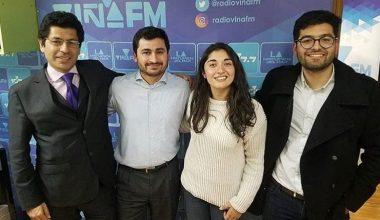 """Estudiante de Periodismo conduce el programa """"Avenida Libertad"""" en Radio Viña FM"""