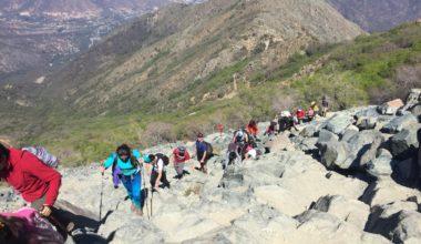 Estudiantes UAI participan de exitosa salida de Trekking al Cerro La Campana
