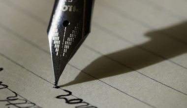 Desmantelando el reloj: Taller de escritura creativa para reflexionar y aprender composición literaria